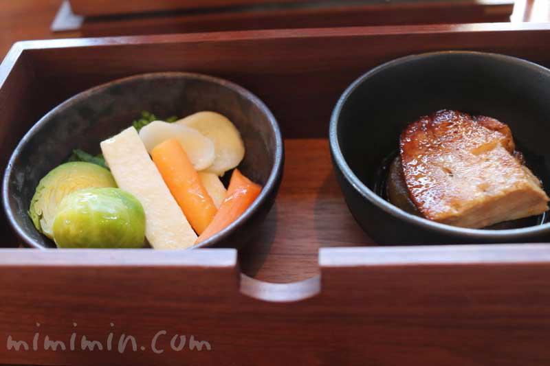 帝国ホテル東京のBENTO|1段目(温前菜)の画像