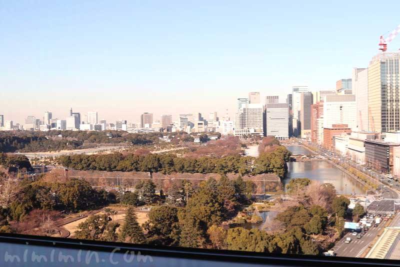 帝国ホテル東京|インペリアルラウンジ アクアからの景色の画像