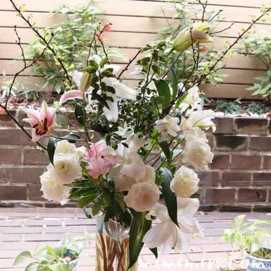 レストラン パッションの個室の花|代官山フレンチの画像