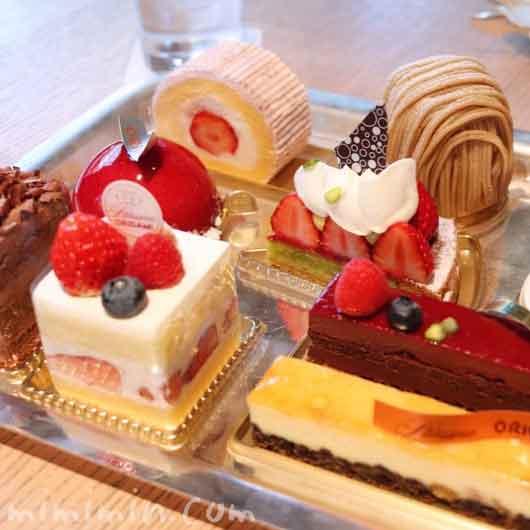 ラウンジ「ORIGAMI」のケーキセット|キャピトルホテル東京の写真