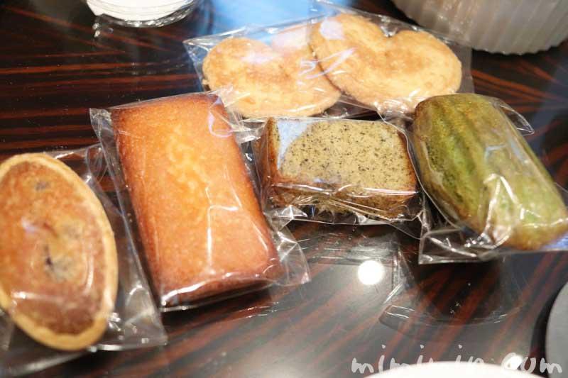 小菓子|ウェスティンホテル東京のクラシカル・アフタヌーンティー(ザ・ラウンジ |恵比寿)の画像
