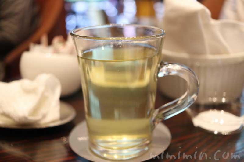 緑茶|ウェスティンホテル東京のクラシカル・アフタヌーンティーの釈尊