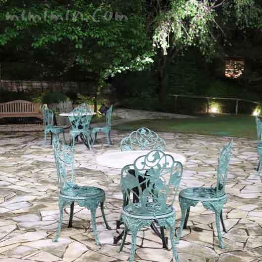 Q.E.D.クラブの中庭の写真