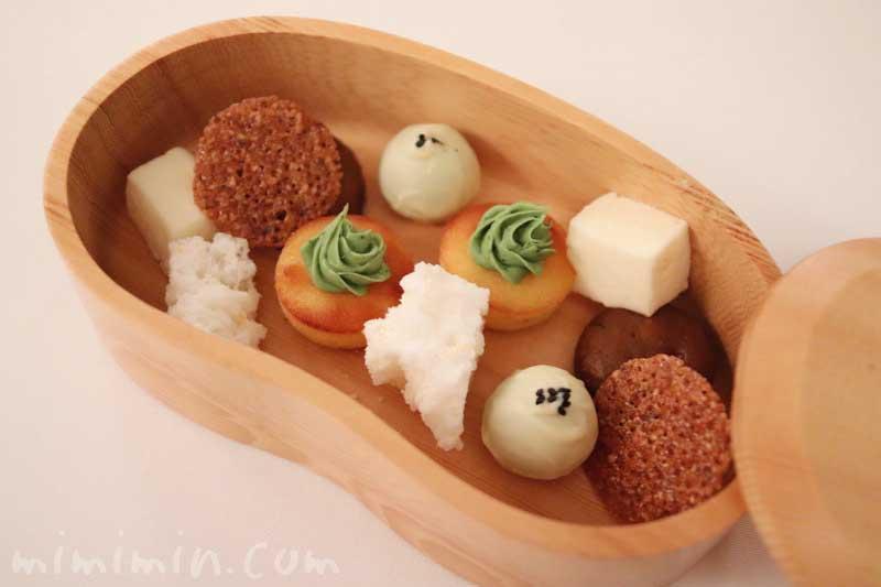 小さいお菓子|リストランテセンソ(白金台)の画像
