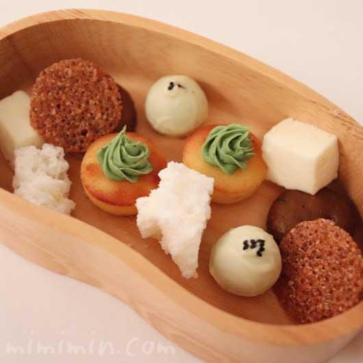 小さいお菓子|リストランテセンソ(白金台)