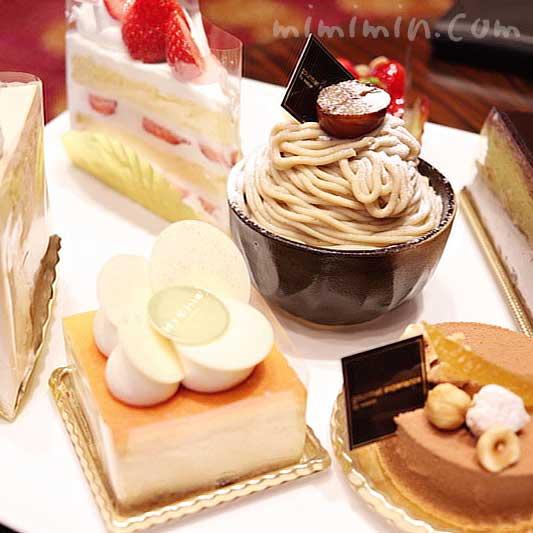 ウェスティンホテル東京 ロビーラウンジのケーキの画像