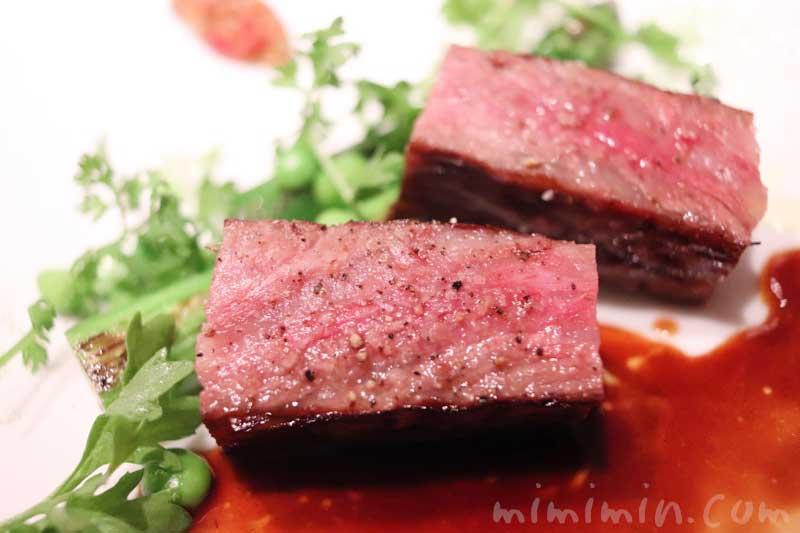 牛肉・グリーンアスパラ・グリンピー|AMOUR(アムール)のディナー|恵比寿のフレンチの画像