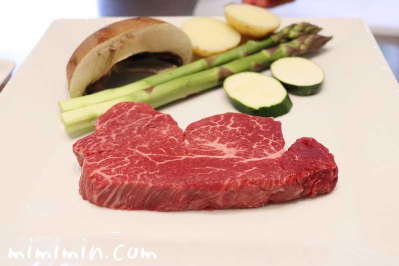 牛ロースステーキ|Q.E.D.クラブの鉄板焼きランチの画像