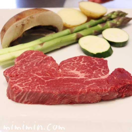 牛ロースステーキ|Q.E.D.クラブの鉄板焼きの写真