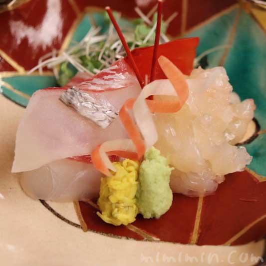 明石天然鯛 伊勢海老 菊花酢漬け 山葵|菊乃井の写真
