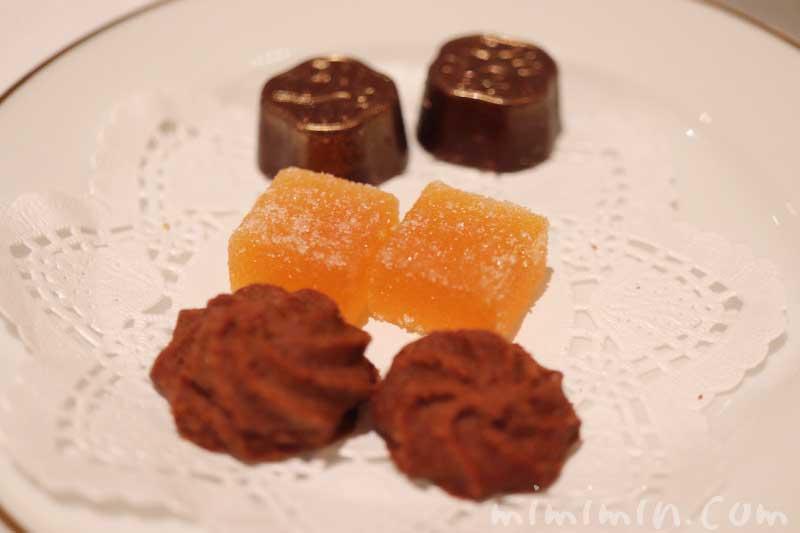 小菓子|資生堂パーラー 銀座本店のディナーの画像
