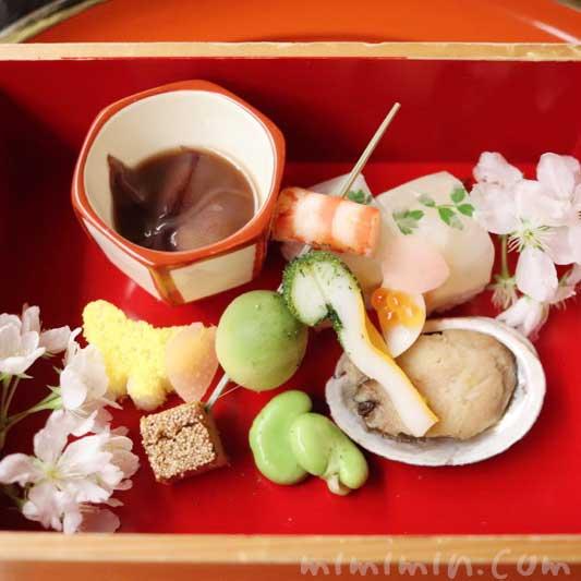 八寸 4月|赤坂 菊乃井のディナーの写真