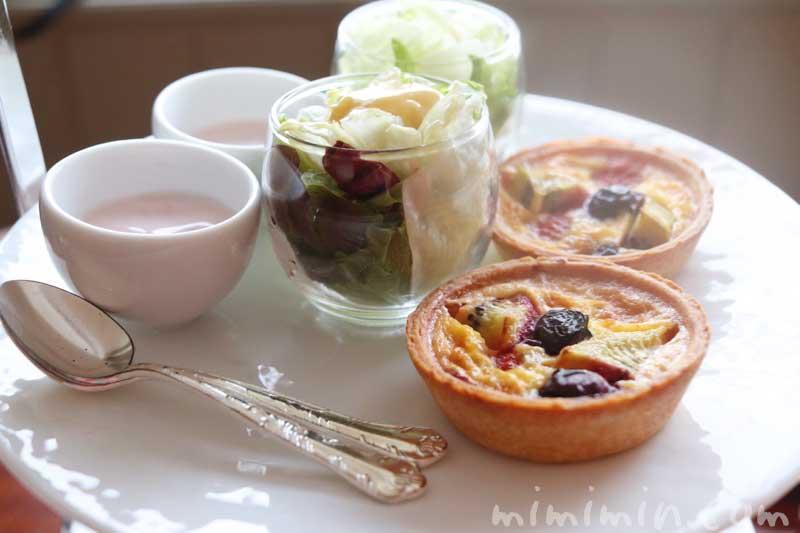 冷料理|帝国ホテル東京のストロベリーアフタヌーンティー|インペリアルラウンジ アクアの写真