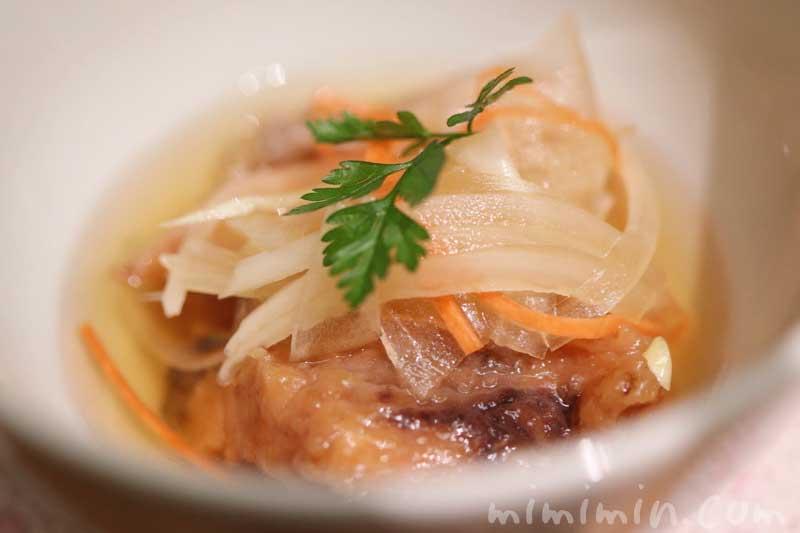 日本料理 舞でランチ・季節のおたより御膳  南蛮漬け|ウエスティンホテル東京の写真