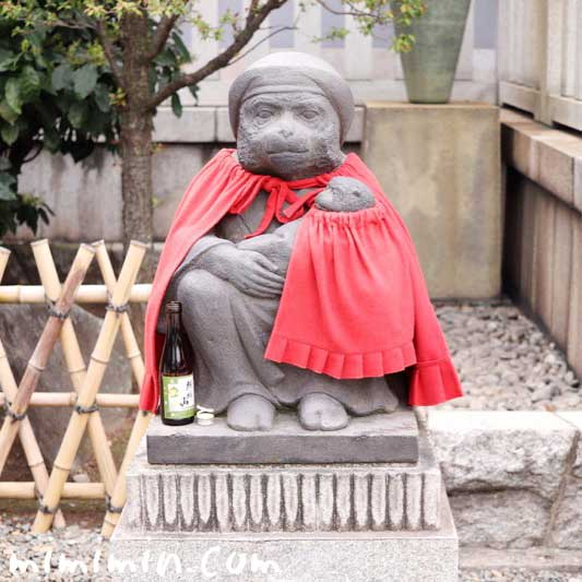 日枝神社の神猿像(赤坂)