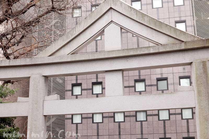日枝神社の鳥居の写真