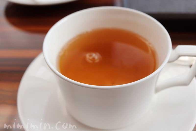 紅茶|コンラッド東京のアフタヌーンティー」トゥエンティエイトの写真