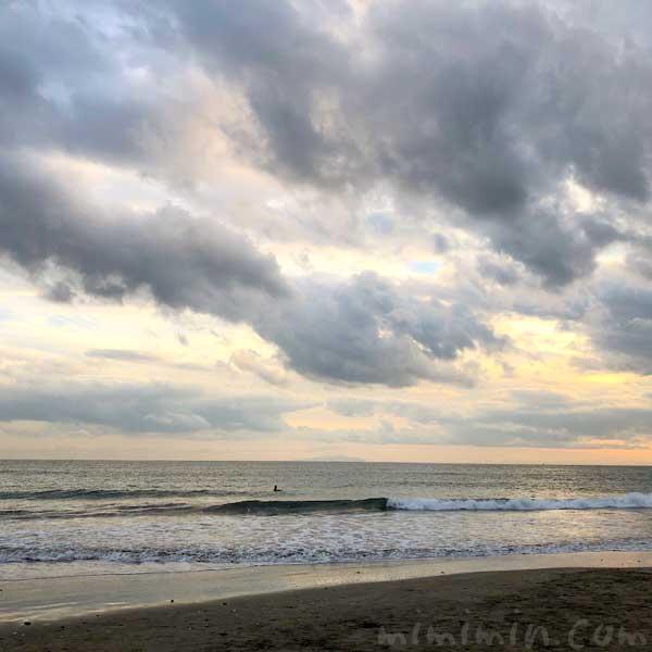 由比ガ浜海岸 夕焼けの写真