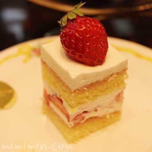 イチゴケーキ|ウェスティンホテル東京のティータイムセット