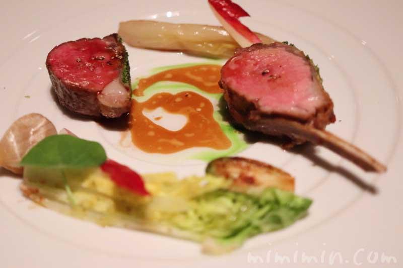 子羊|ラ ターブル ドゥ ジョエル・ロブションでディナーの写真