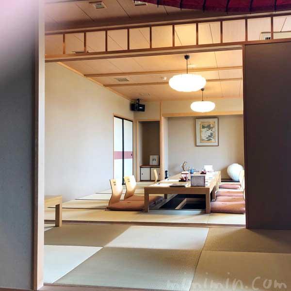 伊豆栄 不忍亭の個室|上野の写真