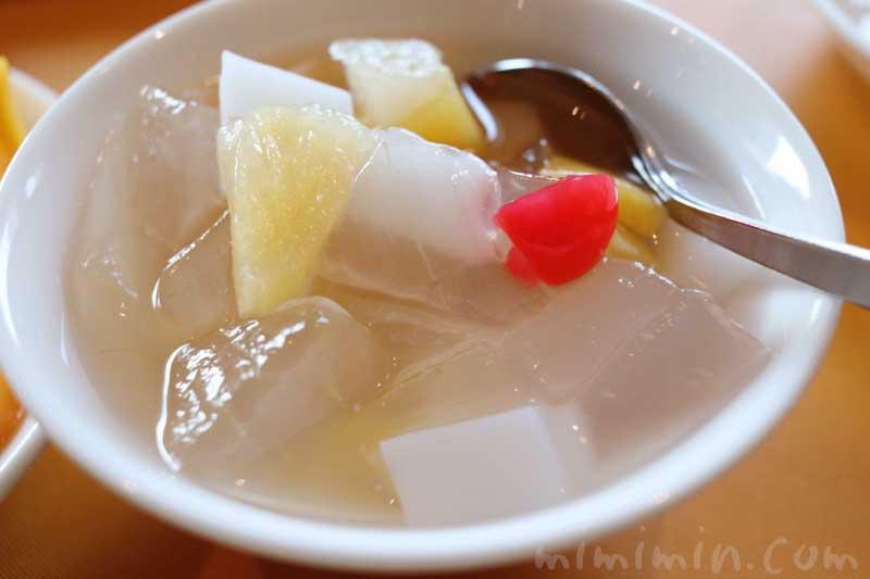 ロイヤルウイング 杏仁豆腐の画像
