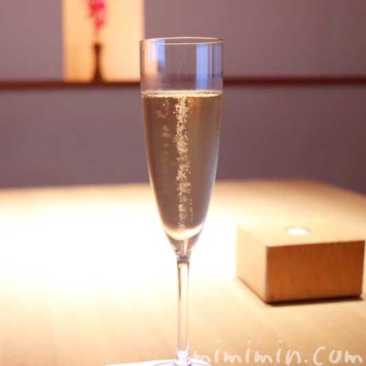 シャンパン フリーフロー  日本料理 シャンパン フリーフロー  日本料理 舞舞の個室でディナーの写真