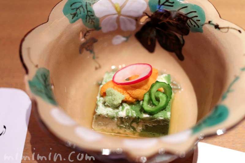先付け 抹茶湯葉二重寄せ 生雲丹 蓴菜 山葵 旨出汁 られし 日本料理 舞・凛懐石の画像