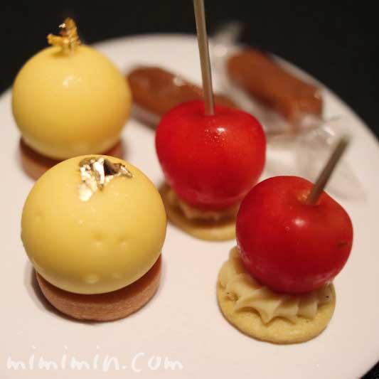小菓子|ラ ターブル ドゥ ジョエル・ロブションの画像