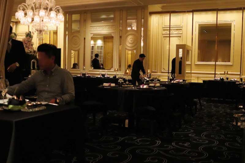 ガストロミー ジョエル・ロブションでディナーの画像