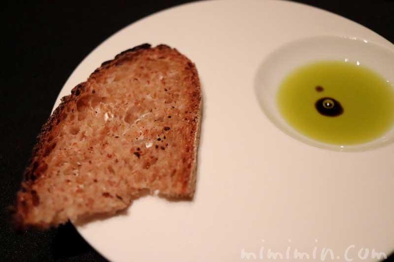 パン|ガストロミー ジョエル・ロブションでディナーの画像