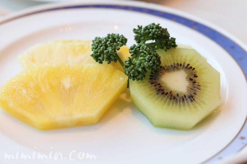 種子島いわさきホテルのレストラン「ティアラ」の朝食 フルーツの画像