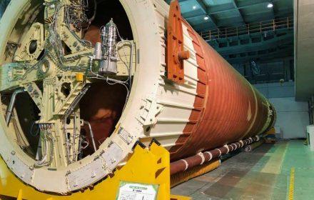 種子島宇宙センター ロケットガレージ(H-IIロケット7号機実機)