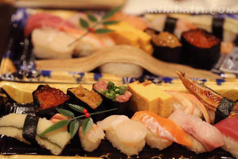 美登利寿司のお持ち帰り寿司(目黒店)の画像