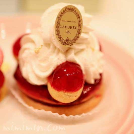 ラデュレ 季節限定ショートケーキの画像