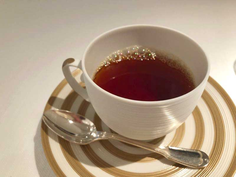 紅茶|レストランひらまつ(広尾)のランチ